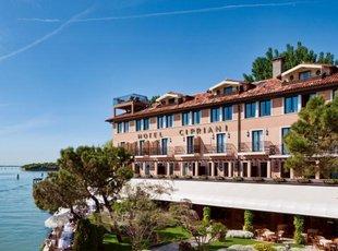 斯普利阿尼酒店