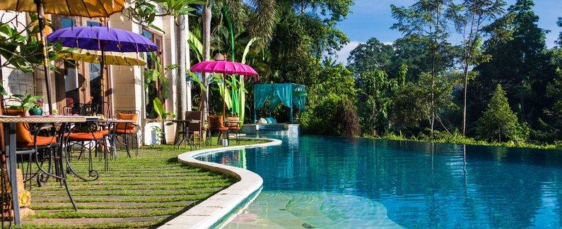 巴厘岛丛林度假村及美术馆(baliwood resort and gallery)