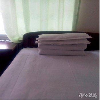 鹤岗鑫意旅馆