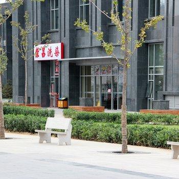 逸凡阳光主题公寓(北京朝阳十里堡地铁店)图片0