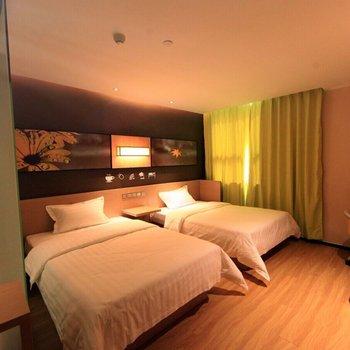 7天阳光酒店(贵港桂平西山店)