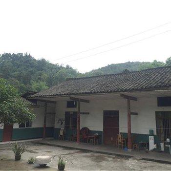 峨眉山杨三农家乐图片6