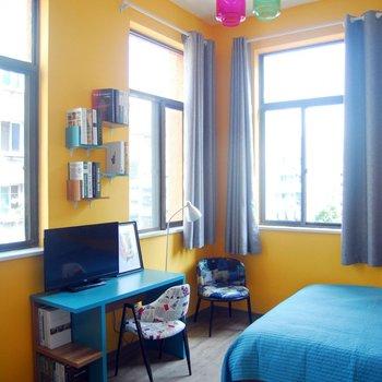 背景墙 房间 家居 起居室 设计 卧室 卧室装修 现代 装修 350_350