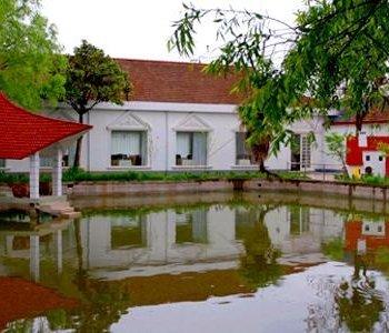 酒店预订 上海酒店 > 上海崇明北湖酒店   区域:崇明,长兴岛,横沙岛