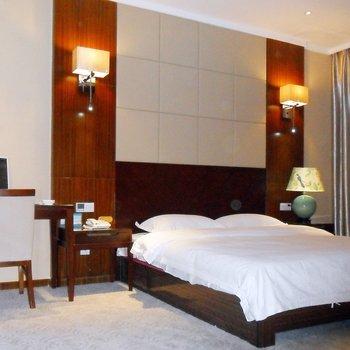 鄂州玉龙锦大酒店酒店预订