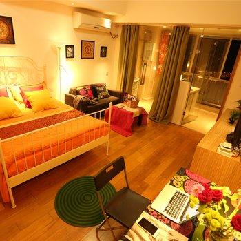 上海素居酒店式服务公寓迪士尼浦东万达店酒店预订