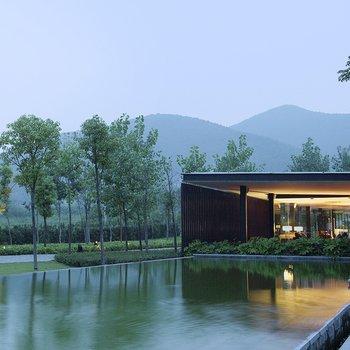 南京香樟华苹酒店酒店预订