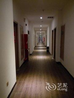 【喆啡酒店公寓(长隆大石地铁站店)】地址:番禺区