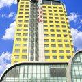 库尔勒楼兰宾馆外观图