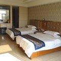 万宁柏富莱酒店外观图