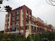 莫泰168(苏州园区高铁站跨阳路店)