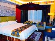 西藏林芝天宇藏秘主题酒店