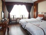 芒康绿野大酒店