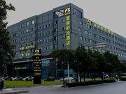 Yangzhou FX Hotel (Slender West Lake Branch)