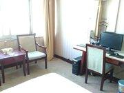 宜章华标宾馆