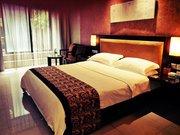 Chengdu Nine O'clock Hotel(Qingbaijiang Branch)