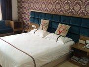 汤阴鸿程酒店