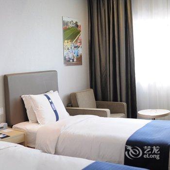 上海新虹桥智选假日酒店
