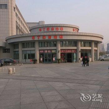 布丁酒店连锁(天津火车站前广场店)-六经路附近酒店