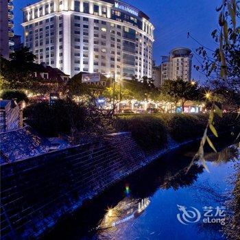 成都新东方千禧大酒店-梧桐苑附近的酒店