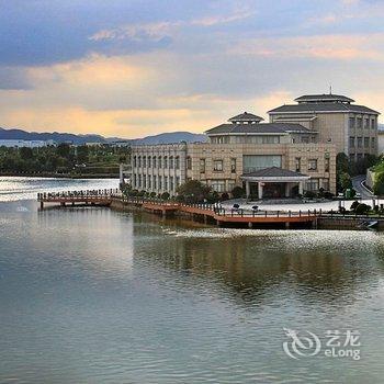 中共安源经济开发区联洪管理处支部委员会附近的酒店