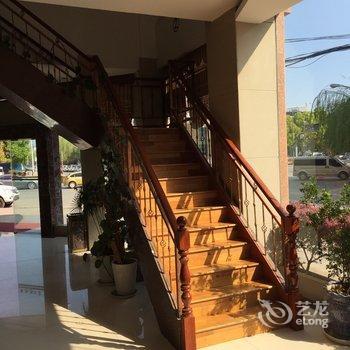 大理下关新纪元酒店-蝶泉路附近酒店