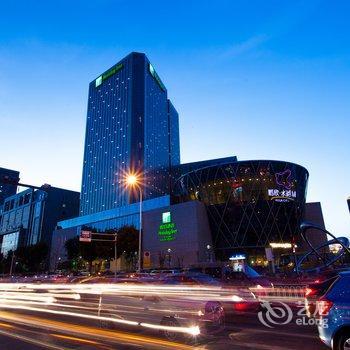 天津水游城假日酒店