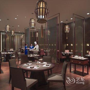 西藏全日餐厅装修图