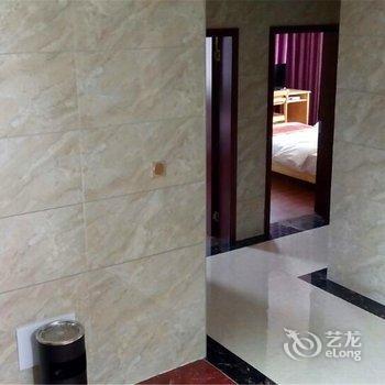 黄果树随缘客栈酒店提供图片
