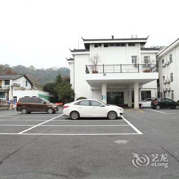 怡莱酒店(杭州西湖虎跑路雷峰塔景区店)