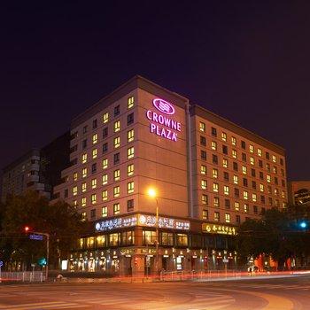 北京国际艺苑皇冠假日龙8国际娱乐官网