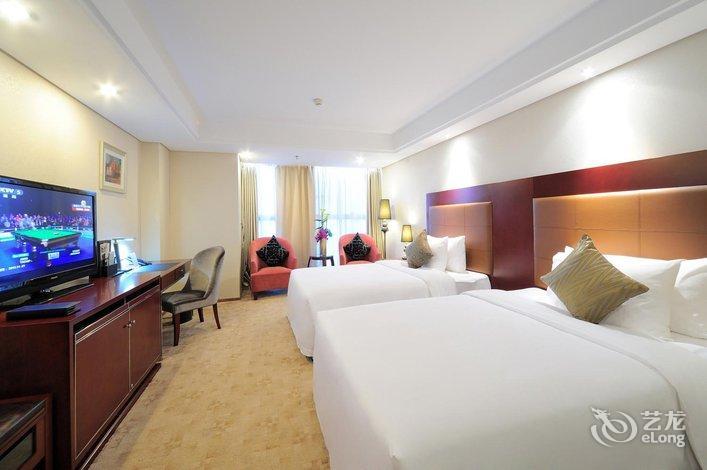 酒店 青岛市酒店  青岛德宝花园大酒店   酒店回复高级大床房 期待着