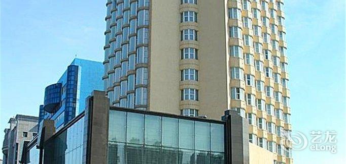 Changchun Ramada Hotel  Booking  No 3158 Ziyou Avenue. Lake Brunner Resort. Lecrans Hotel & Spa. Sol Garden Istra Hotel. Kamala Beach Resort - A Sunprime Resort. Kantary Bay Hotel Rayong. Fairways Resort. Hotel Terme San Michele. Falkensteiner Hotel Cristallo