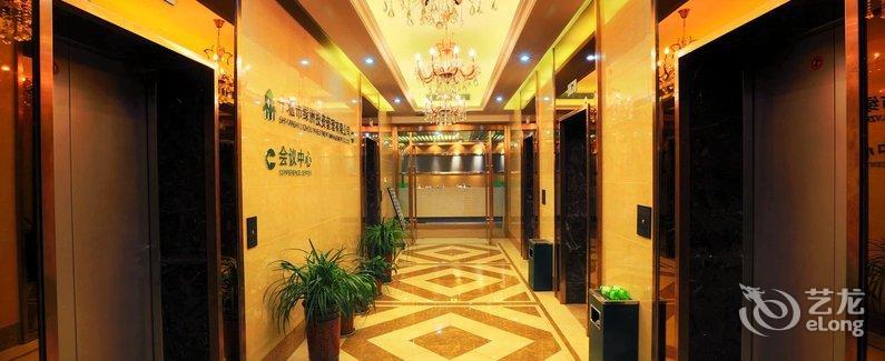Charlotte boutique hotel shanghai zhoupu disney wanda for Charlotte nc boutique hotels