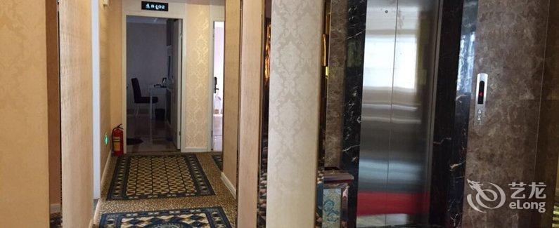 鹤山市城市快捷酒店