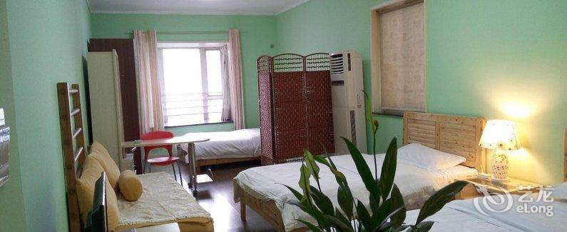 chongqing sunroom hotel apartment booking behind jiaochangkou  riyueguang square  room 1309