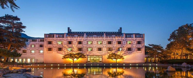 【一生把一件事做到极致的人】巴黎卢浮宫的华裔设计师逝世了!