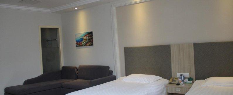Lanbowan Hotel Dachang
