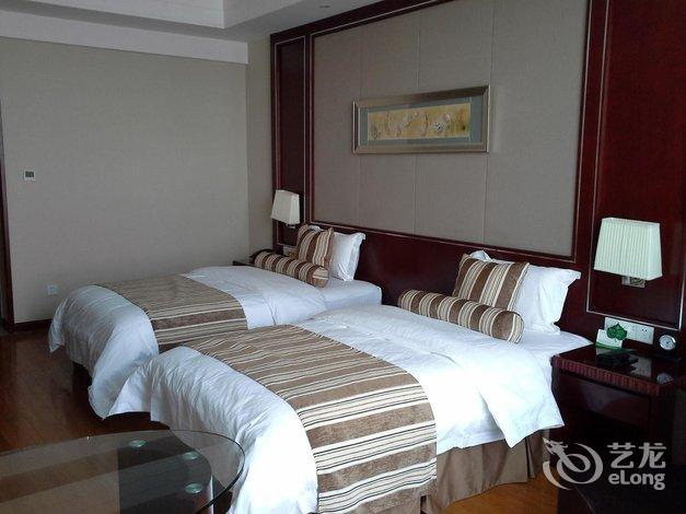 酒店 即墨市酒店  青岛华玺大酒店   高级双床房 带小孩 会员7447