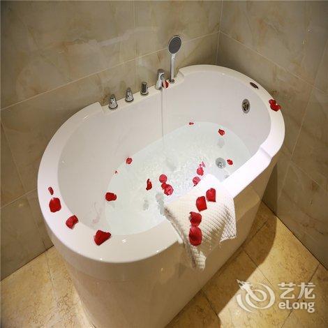 【昆明汉唐莲花酒店】地址:官渡区云秀路7号