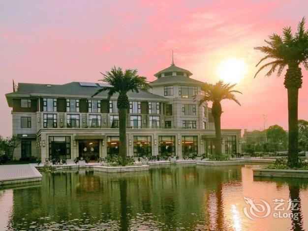 Hubing spring season hotel booking no 1 shanshui for Idea garden hotel wuxi