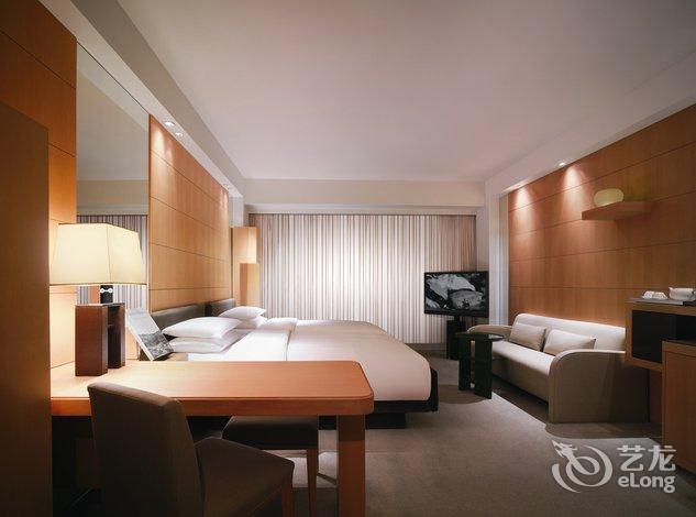 【香港君悦酒店】地址:香港港湾道一号