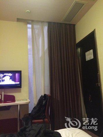 速8酒店(海门商业步行街店)