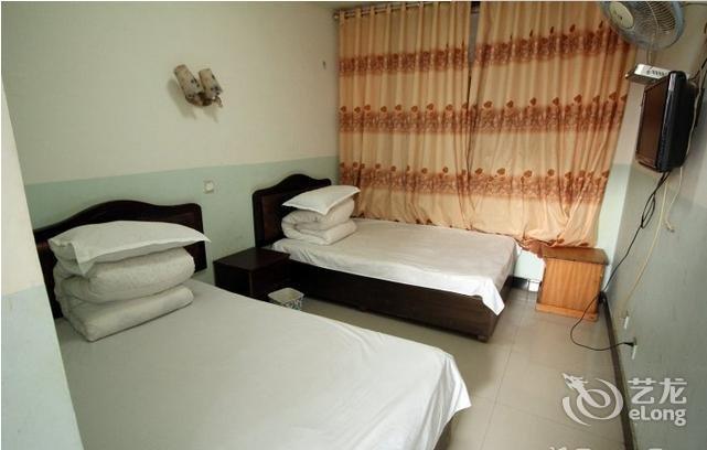 super 8 hotel(linyi aolong branch)