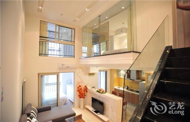 武汉光谷天地公寓酒店图片