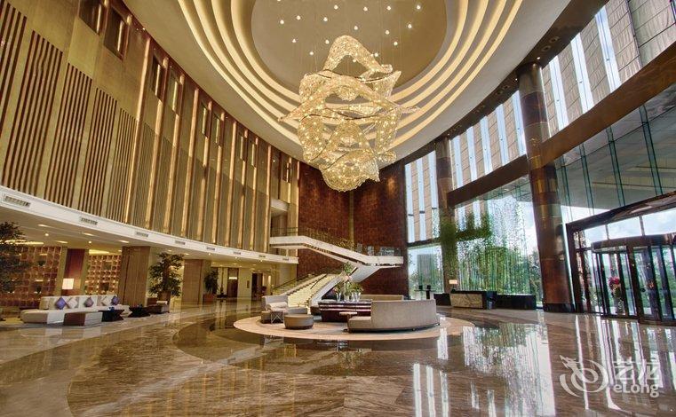 希尔顿逸林酒店