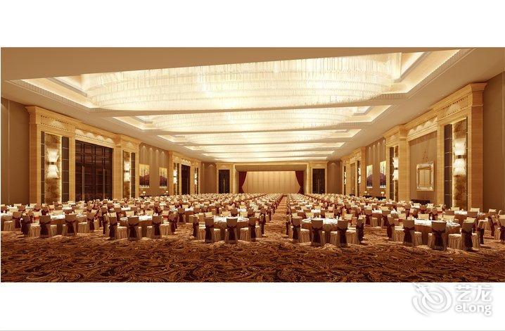 会员6119 2016-05-02 17:14:37 来自手机app 整个酒店很新,但大厅和