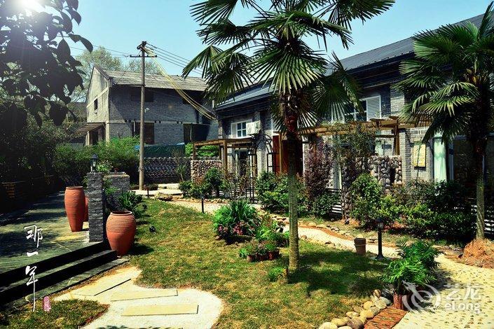 清远高品度假御峰花园豪华2号温泉别墅