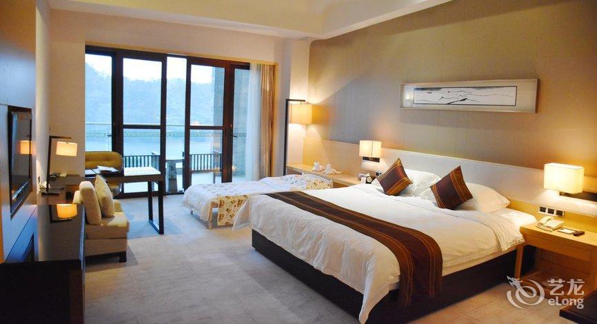 万绿湖东方国际酒店