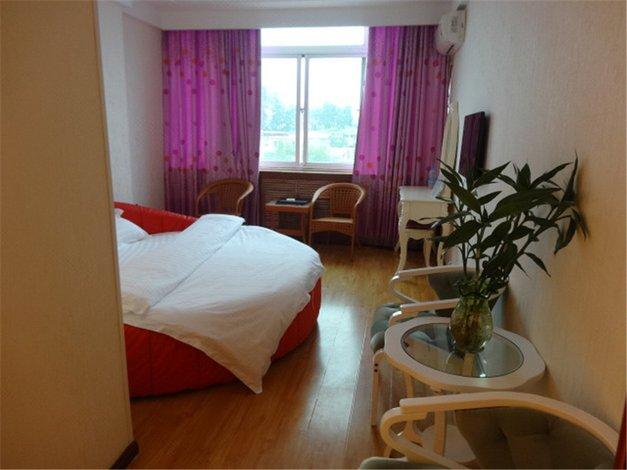 北京师范大学旁边的宾馆有没有便宜的